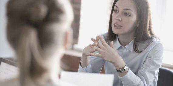 Guide til jobsamtale - lær at stille de rigtige spørgsmål med JS Jobsparring